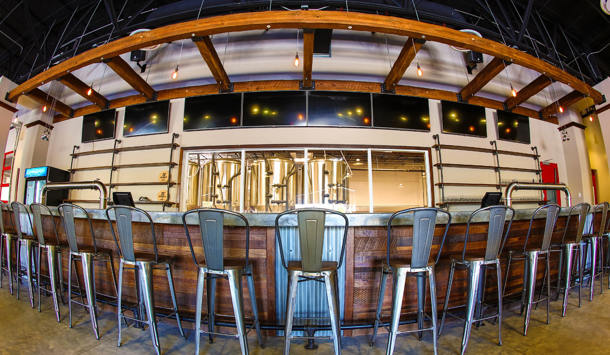 a photo of the 26 degree brewery bar