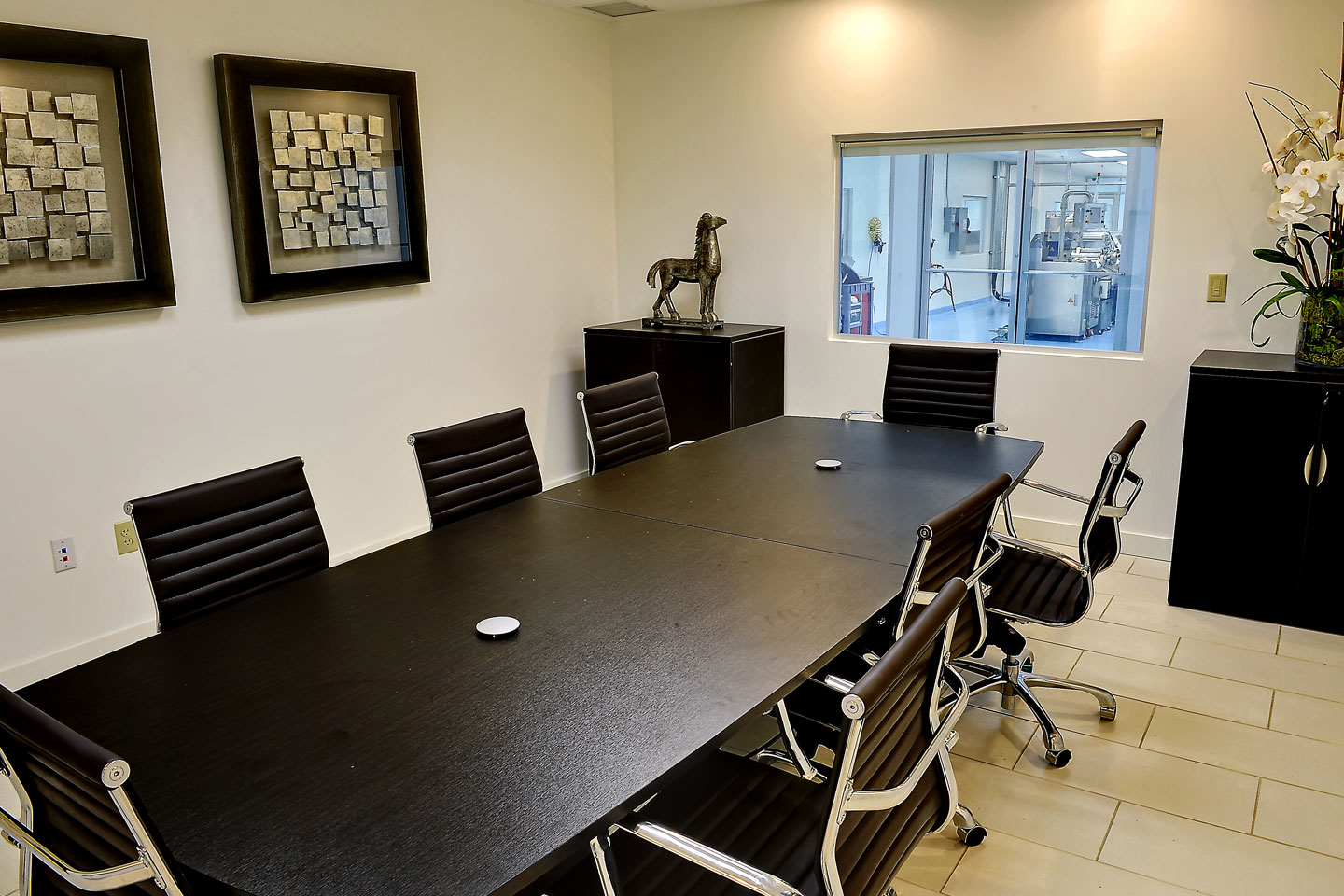 photo of the nutriforce industrial facility conference room