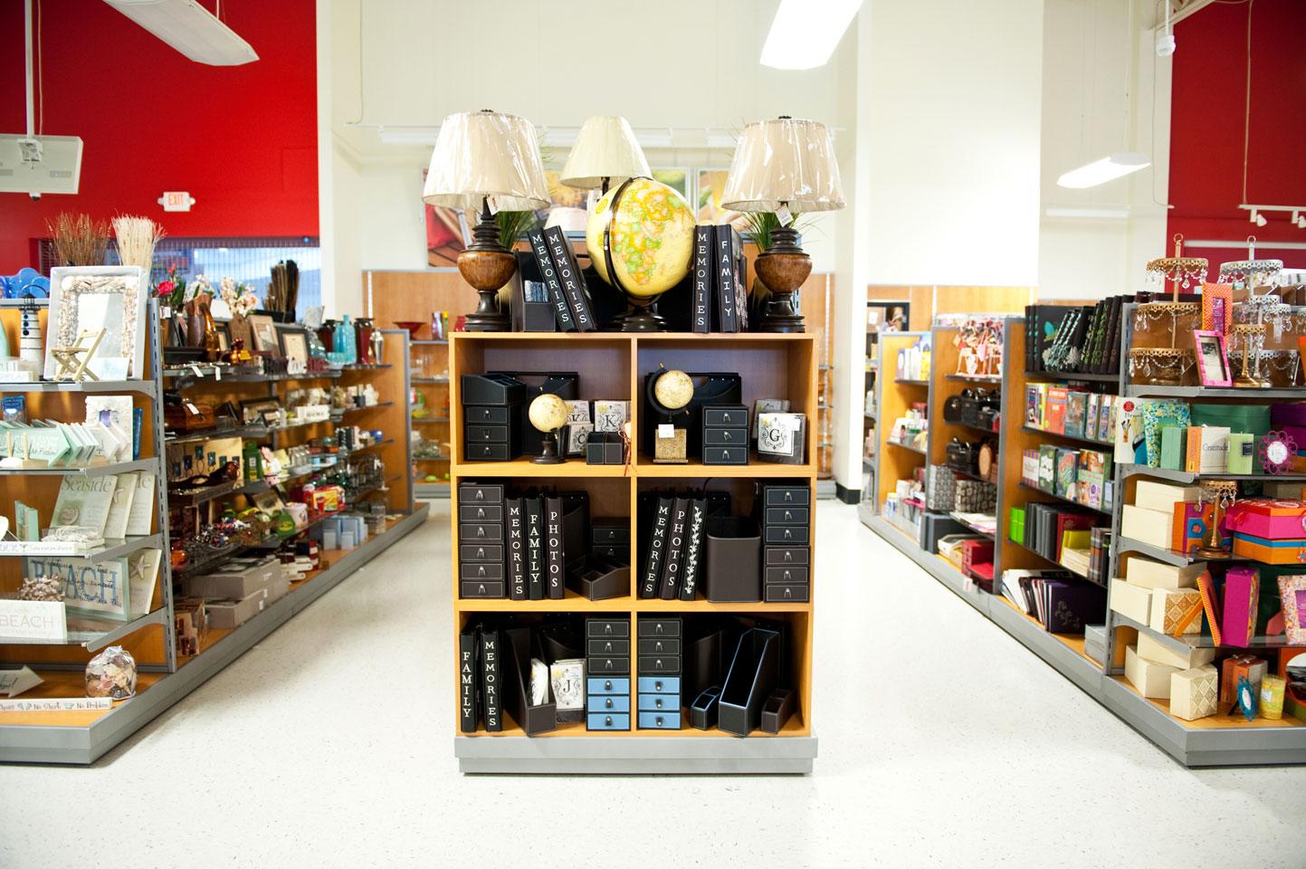 photo of a tj maxx store isle